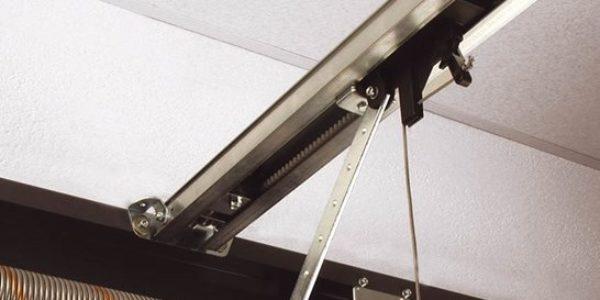 Ремонт и замена рулонных (ролетных) ворот для гаража Alutech
